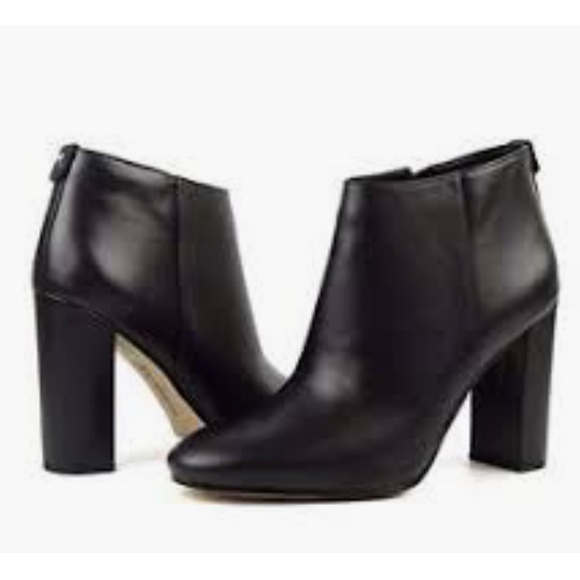 1b5e2b25b6503 Sam Edelman Cambell Black Leather Ankle Booties. M 5c35a92a819e901359a516f1
